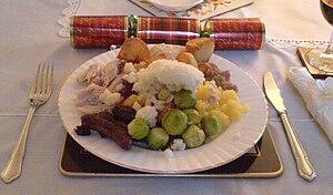 English: Plate of: roast turkey, roast potatoe...