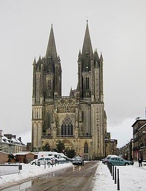 Français : La cathédrale Notre-Dame de Coutanc...