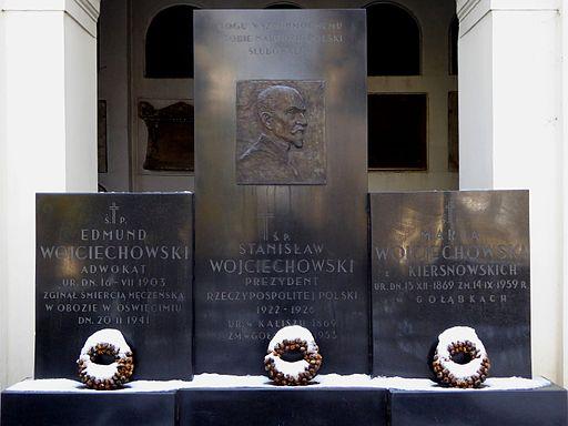 The grave of Stanisław Wojciechowski in Powązki cemetery (16361310923)