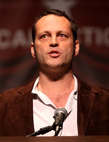 English: Vince Vaughn at a political conferenc...