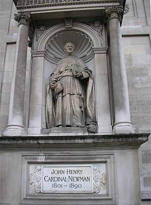 Statue of John Henry Newman (Cardinal Newman) ...