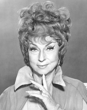 Publicity photo of Agnes Moorehead as Endora f...