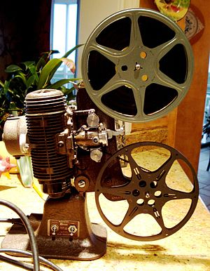English: Bell & Howell Regent home 8mm film pr...