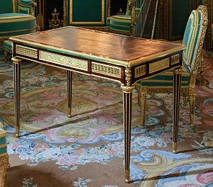 Writing table of Marie-Antoinette by Riesener ...