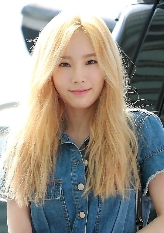 FileKim Tae Yeon At Incheon Airport On June 10 2015jpg