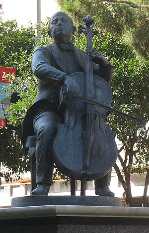 Español: Monumento a Pau Casals en Barcelona, ...