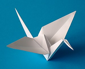 English: Origami crane folded from one uncut s...