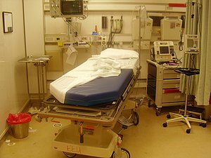 English: Emergency room after the treatement o...