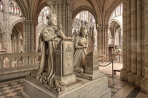 Memorial to King Louis XVI and Queen Marie Ant...