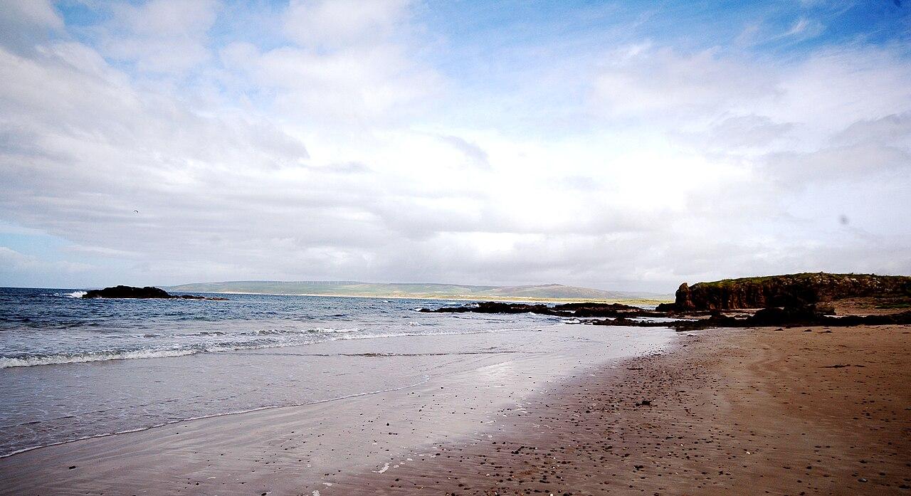 Machrihanish Beach; from Wikimedia Commons.