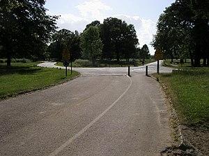 English: Mini Roundabout by Robin Hood Gate Mi...
