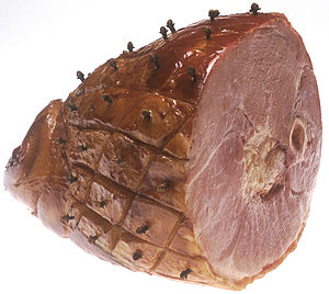 Ham with cloves.