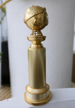 File:Golden Globe Trophy.jpg