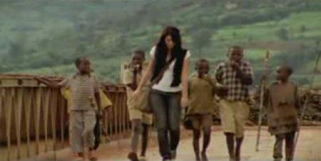 Brooke Fraser in the music video for Albertine