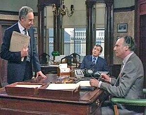 Sir Humphrey briefs his minister