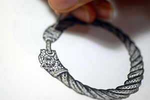 Jewelry drawing of Macan bracelet