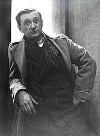 Jacques Lipchitz, 1935, photograph Rogi André (Rozsa Klein).jpg
