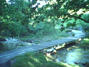 Merri Creek World War 2 Northcote bunker creek...