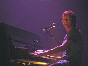"English: James Blunt performing ""Goodbye ..."