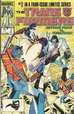 Autobot leader Optimus Prime battles Deceptico...