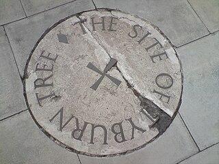 https://i2.wp.com/upload.wikimedia.org/wikipedia/en/thumb/9/97/TyburnStone.jpg/320px-TyburnStone.jpg
