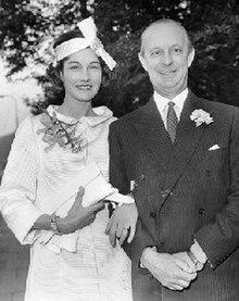 Bill and Bronwen Astor.jpg