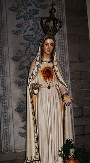 Statue of Our Lady of Fatima at the Basilica o...