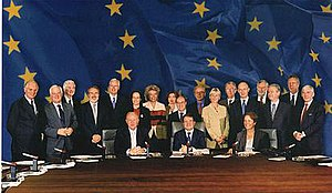 The Prodi Commission in 1999.