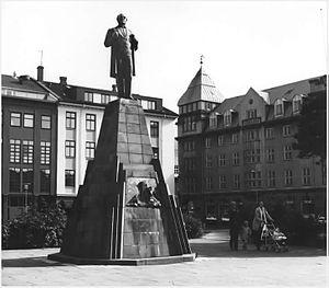 Einar Jónsson's statue of Jón Sigurðsson in Re...
