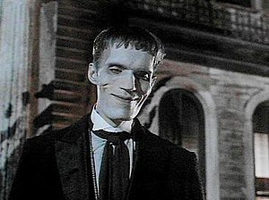 Carel Struycken as Lurch in The Addams Family ...