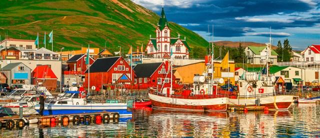 Viajes a Husavik, Islandia