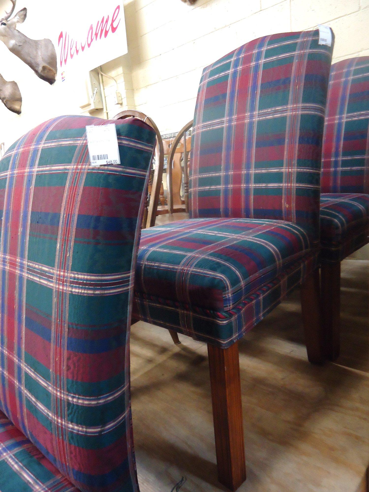 1 15219 Plaid Parson Chair