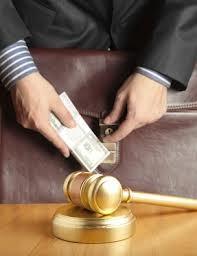Quando advogados desonram a carteira que possuem