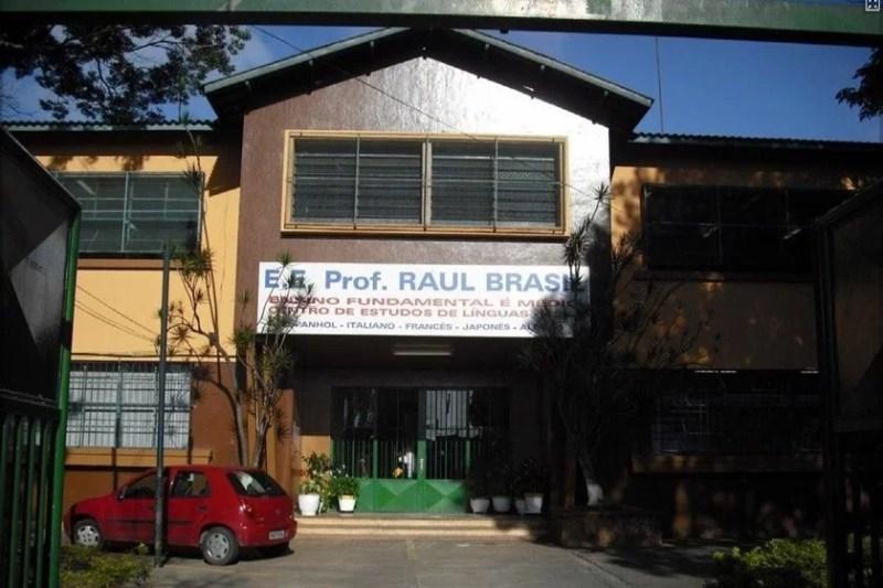 Escola Raul Brasil em Suzando