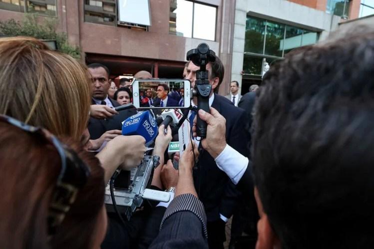 bolsonaro concede entrevista no chile