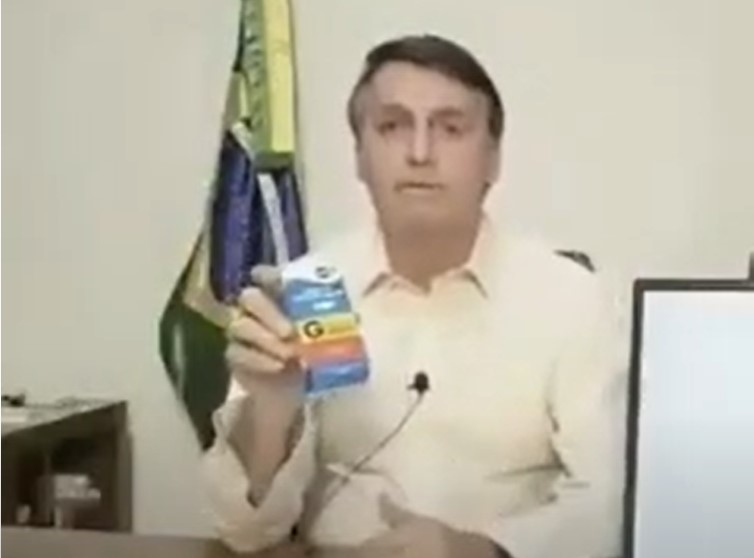 Jair Bolsonaro talks about chloroquine