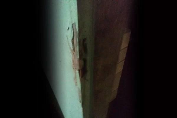 porta arrombada