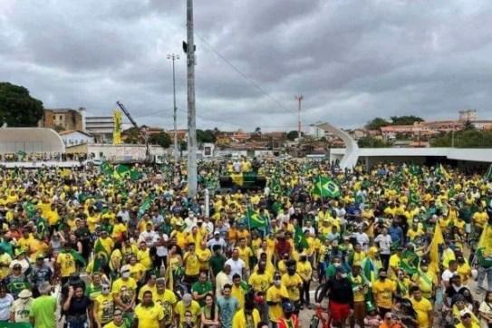 Manifestação pró-Bolsonaro em São Luís, no Maranhão