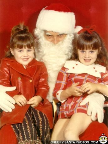 16 Of The Scariest Santa Pictures Ever Neatorama