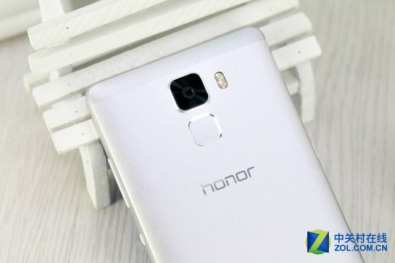 Huawei-Honor-7-008