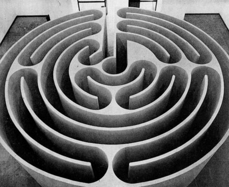 Robert Morris, Philadelphia Labyrinth, 1974, © Robert Morris