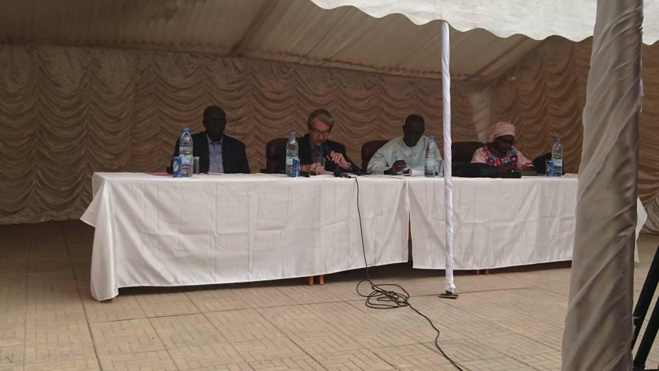 Conférence sur la place de l'ingénierie biomedicale dans les systemes de santé en Afrique  à l'université polytechnique de l'ouest africain – UPOA