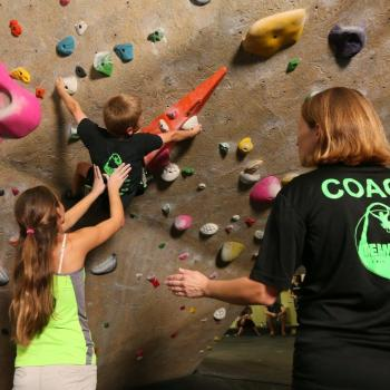 team uli youth coach and climber competitive team st. louis indoor rock climbing