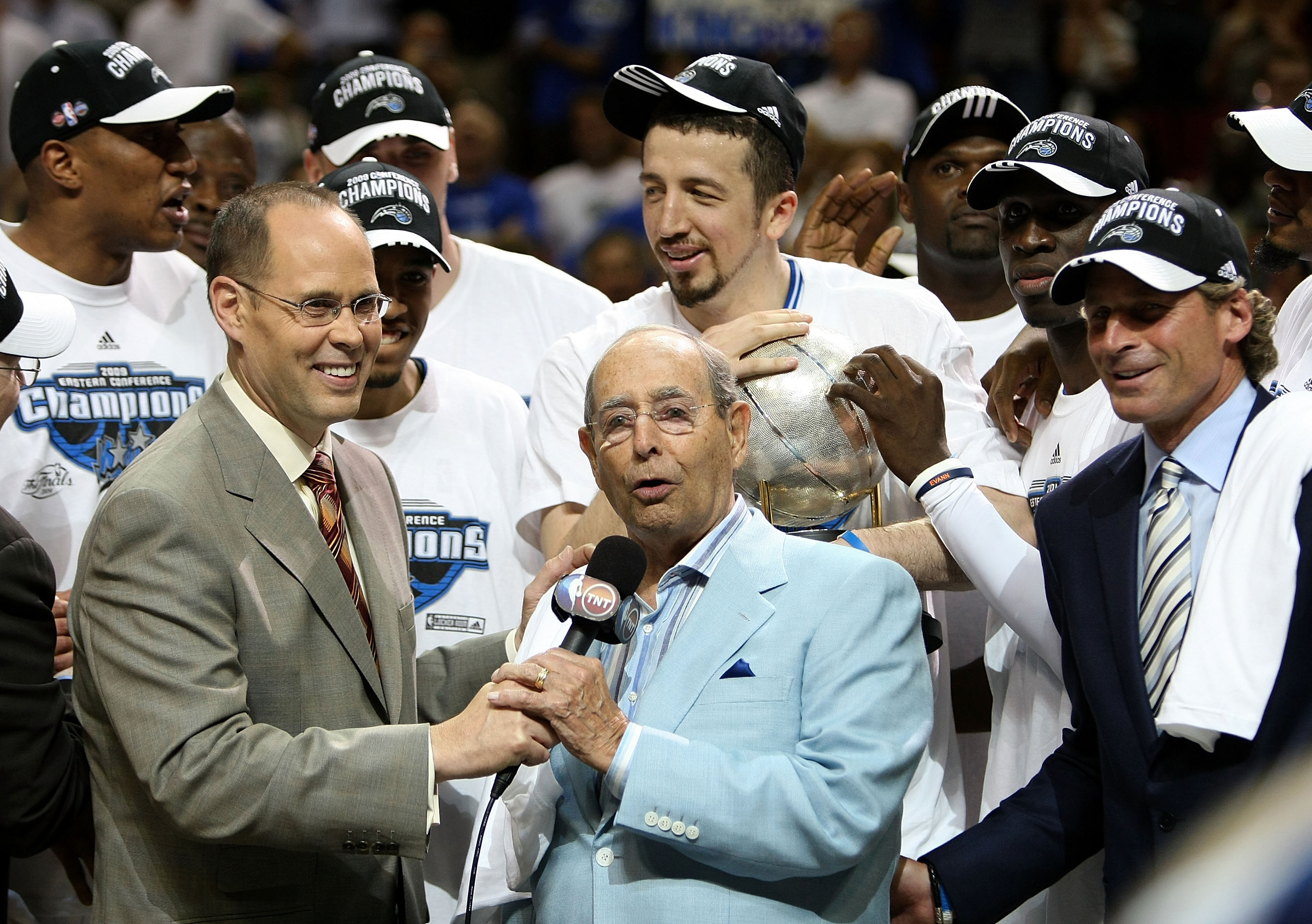 Magic Owners Pledged $2 Million For Arena Workers While The Season Is Suspended