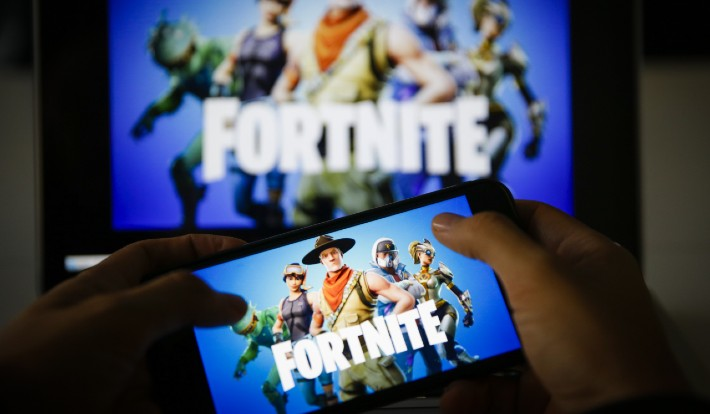 Fortnite For Android Is Finally Back In The Google Play Store