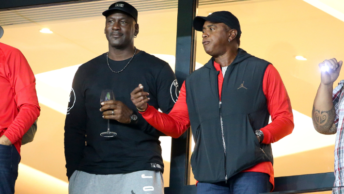 Ahmad Rashad Recalled A Magic Johnson And Michael Jordan Argument