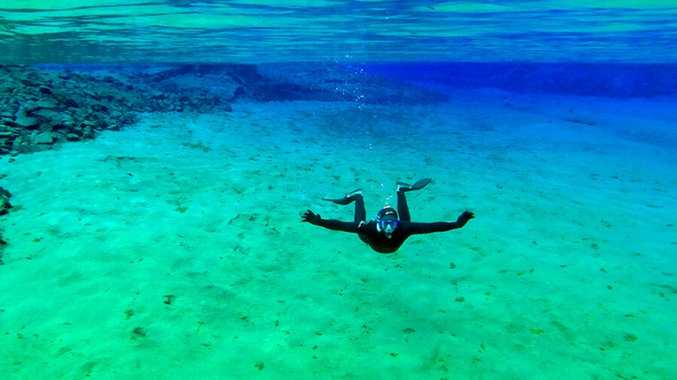 silfra fissure diving, iceland
