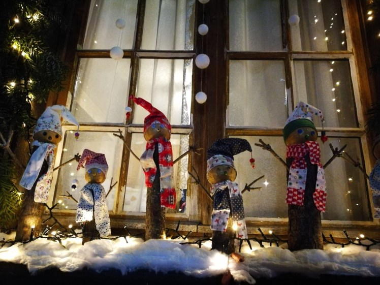 Alsace in winter, Colmar christmas market decorations
