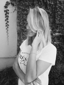 Mia Taylor photo