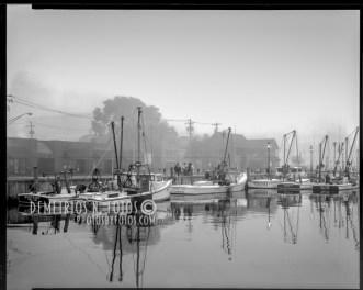 1989_ workboats in fog at harbor-Edit